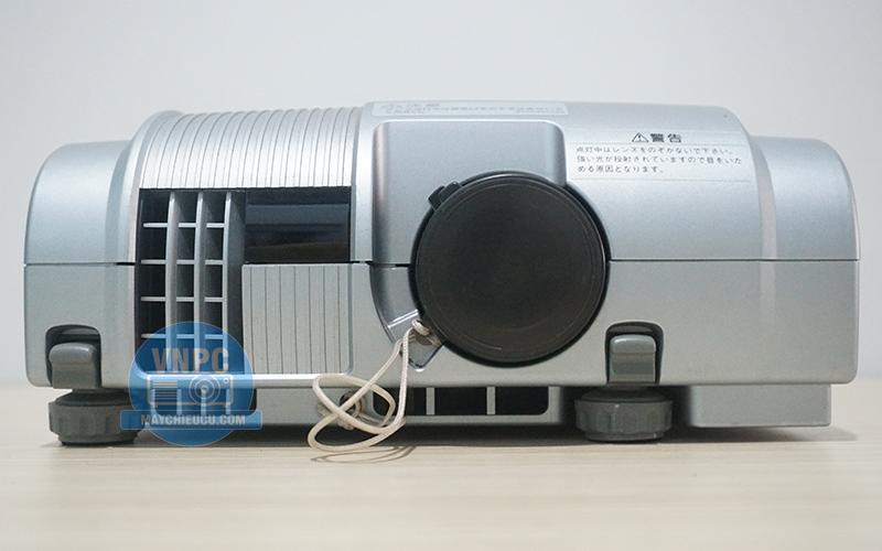 Máy chiếu cũ Mitsubishi LVP-L01 giá rẻ cho không gian ít ánh sáng