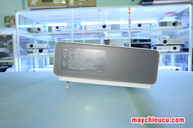 SONY VPL-EX250 projector