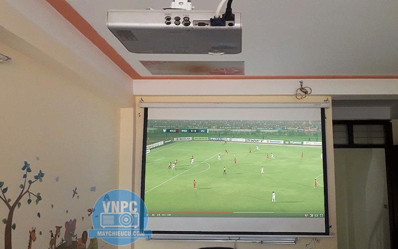 Lắp đặt máy chiếu Panasonic PT-LB50 cho Trung Tâm Anh Ngữ tại Hà Nội