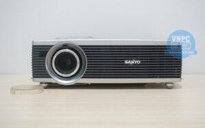 Máy chiếu cũ Sanyo PLC-SW30 giá rẻ cho phòng diện tích nhỏ