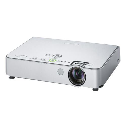 máy chiếu Panasonic PT-LB50EA cũ
