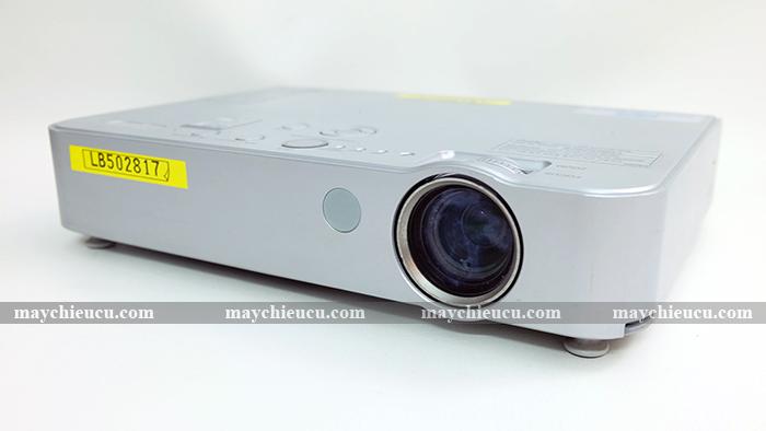 máy chiếu PANASONIC PT-LB50