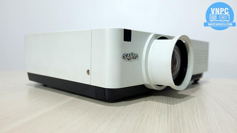 Sanyo PLC-XU305A