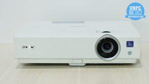 Máy chiếu cũ Sony VPL-DX120 giá tốt cho văn phòng và lớp học