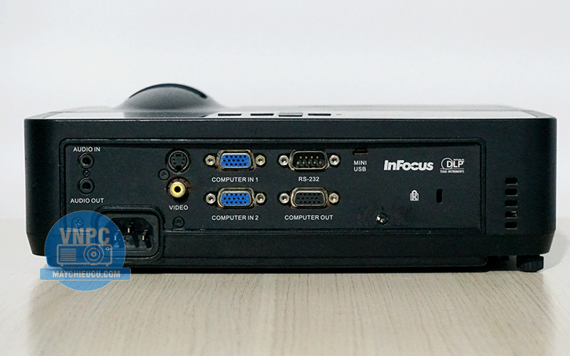 Máy chiếu cũ Infocus IN112XA chính hãng giá rẻ có chiếu 3D