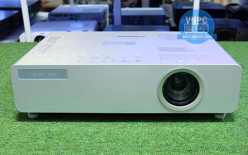 Máy chiếu cũ Panasonic PT-LB78 chính hãng giá rẻ