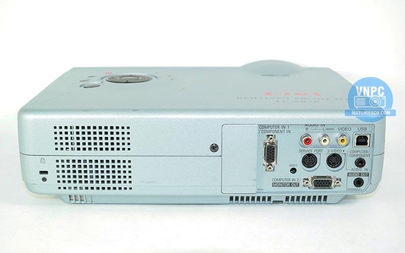Máy chiếu cũ EIKI LC-XB28 chính hãng giá rẻ
