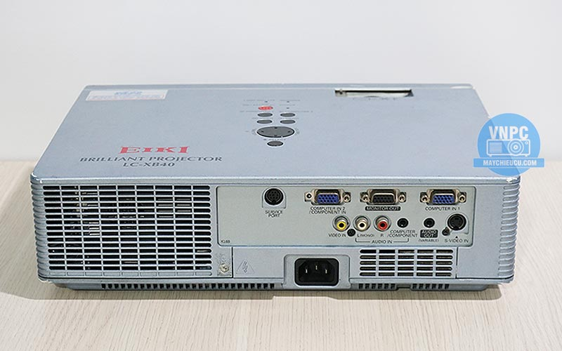 Máy chiếu Eiki LC-XB40N cũ độ sáng cao 4000 Ansi Lumens
