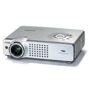 Máy chiếu cũ Sanyo PLC-XU57 giá rẻ đa năng cho gia đình