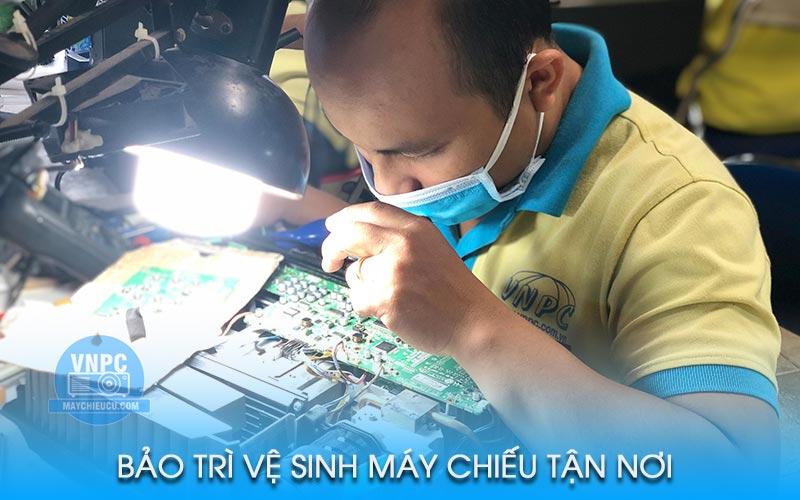 Dịch vụ bảo trì máy chiếu giá rẻ chuyên nghiệp nhất toàn quốc