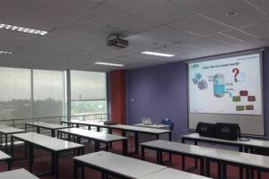 Lắp đặt máy chiếu cũ HPEC H-3212IB giá tốt cho phòng họp