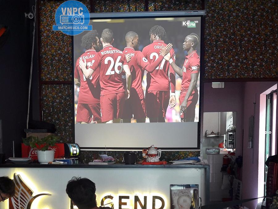 Lắp máy chiếu cũ Sony VPL-EX230 cho quán Cafe Q.Tân Bình