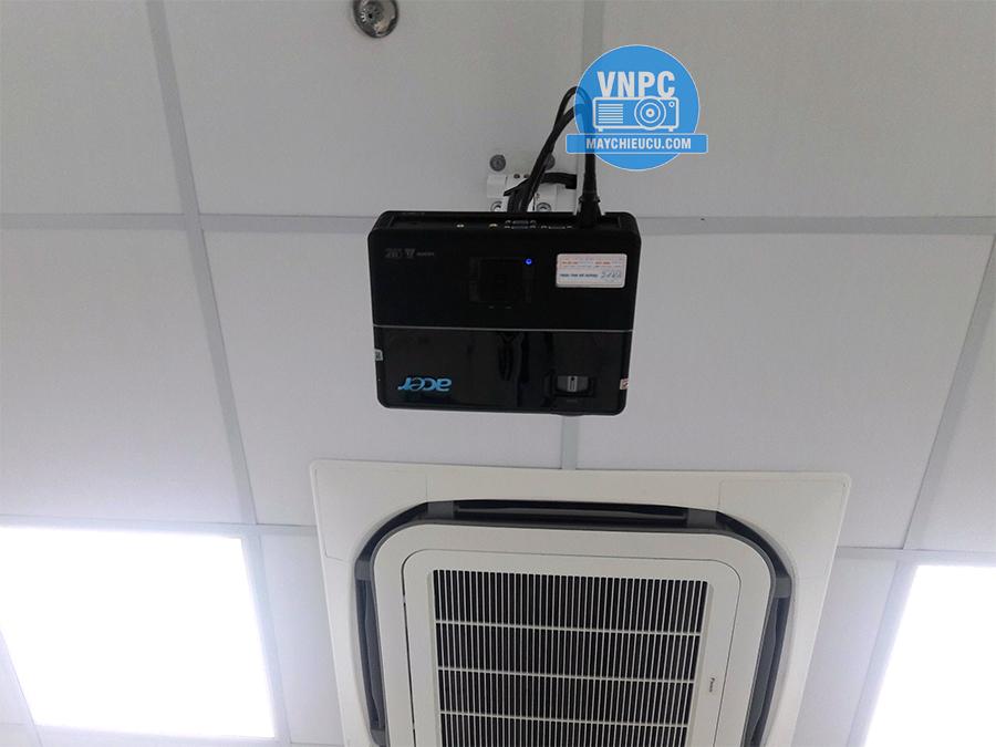 Lắp đặt ACER P1166P cũ giá rẻ cho phòng họp tại Củ Chi