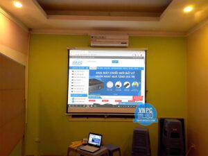 Lắp đặt máy chiếu Dell 1410x phòng họp tại Quận Đống Đa