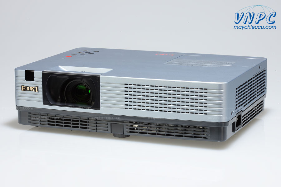 Máy chiếu cũ Eiki LC-XBL20