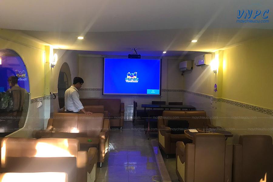 Lắp đặt ViewSonic PJD5533W tại quán Cafe Sinh Viên