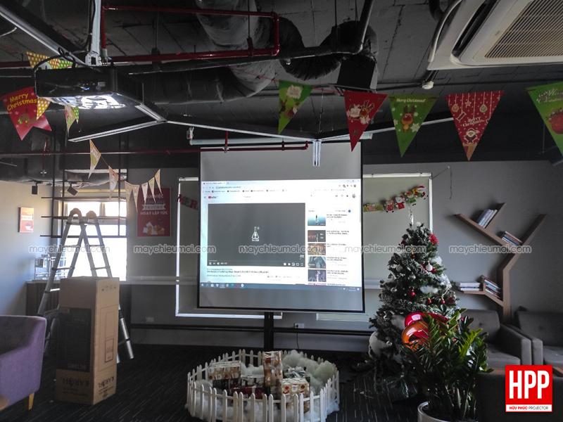 Hữu Phúc Projector lắp đặt máy chiếu Optoma PW450 tại Bình Dương